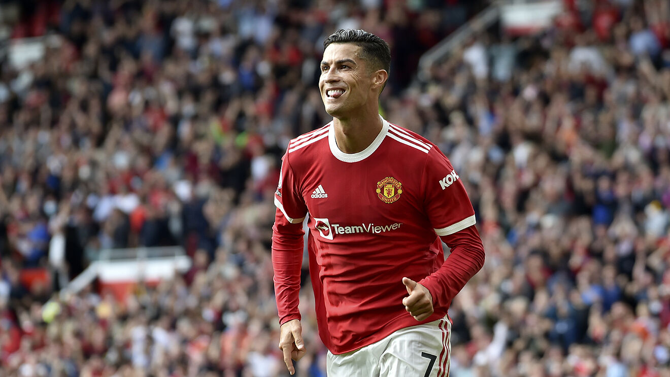 Ronaldo Returns With A Bang As Manchester United Spank Newcastle